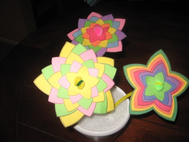 Craft Ideas For Kids With Construction Paper | Ye Craft Ideas with Arts And Crafts For Kids With Construction Paper 27838