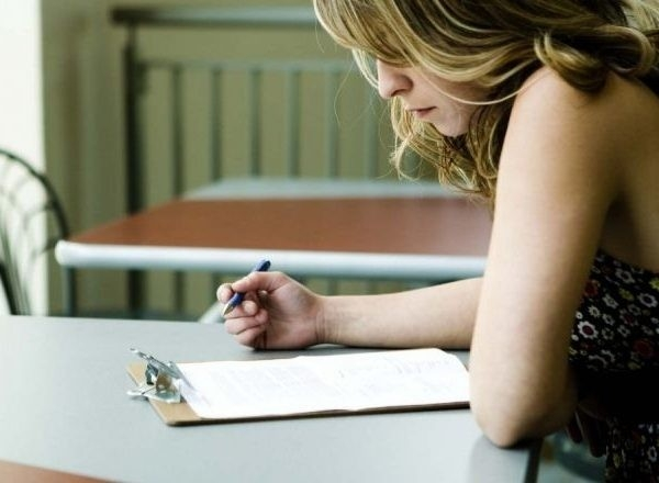 Signing On For Social Welfare Credits – Spunout.ie – Ireland's For with regard to Woman Filling Out Form 25120